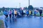 rainy-race-day-walkers-1